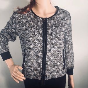 Lucky Brand black/white cropped cardigan sweater
